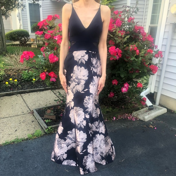 Xscape Dresses & Skirts - Navy gown with mermaid bottom and floral design